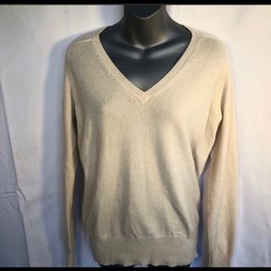 ZARA cream cashmere v-neck sweater size large